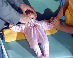Фото искусственное дыхание ребенку